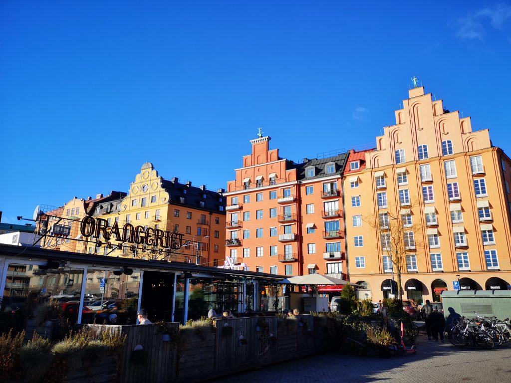 Apartments & restaurant along Norr Mälarstrand